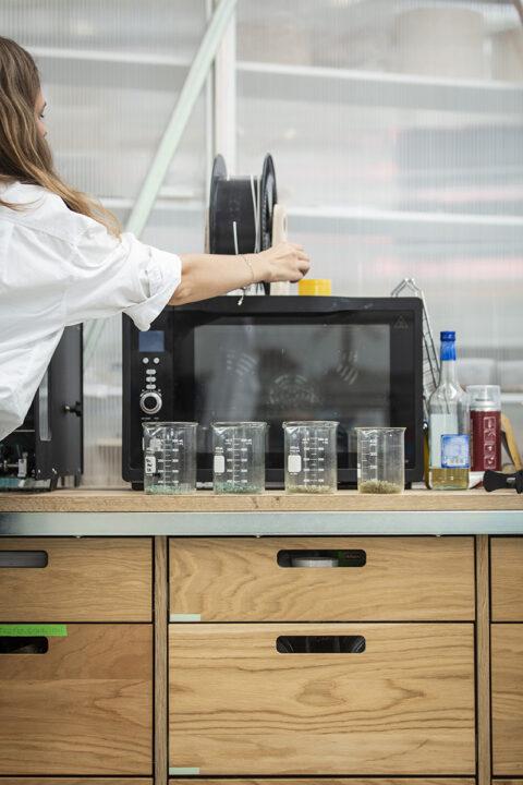 Les tests préliminaires et les petites productions sont souvent effectués à Atelier LUMA., © Joana Luz