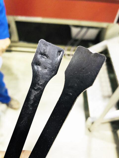 Échantillon de thermocompression à partir de tourteaux de tournesol., © Atelier LUMA