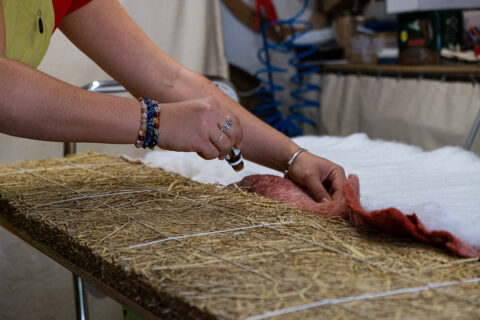 Production of bench upholstery from rice straw, © Joana Luz