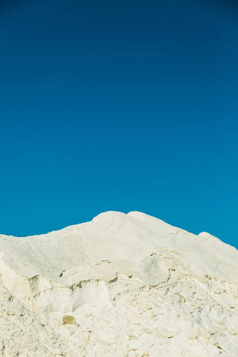 Montagne de sel dans les salins de Camargue, © Adrian Deweerdt