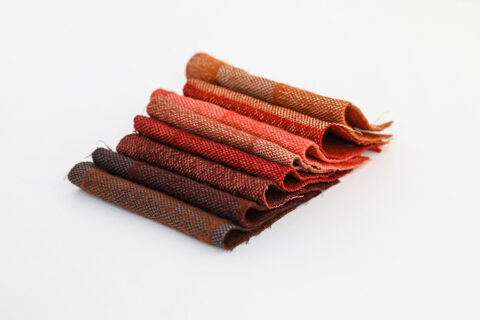 Recherche couleur pour la gamme de tissus d'ameublement conçue pour le mobilier Artek de la Tour LUMA., © Adrian Deweerdt