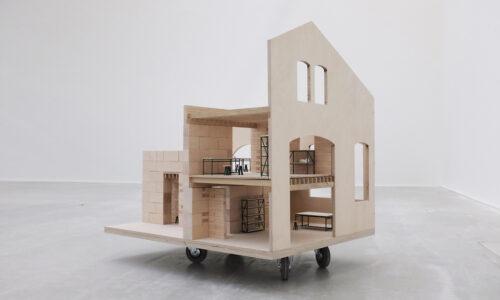 Maquette échelle 1:10 des laboratoires et studios pour la rénovation du Magasin Electrique, © Adrian Deweerdt
